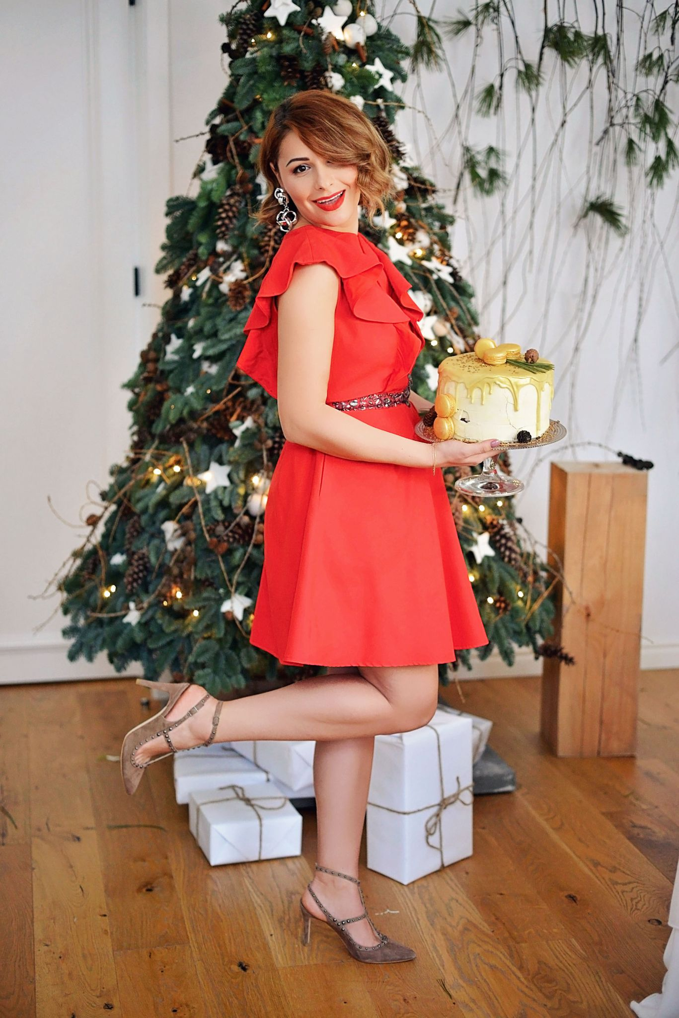 How To Wear Red At Christmas Dinner