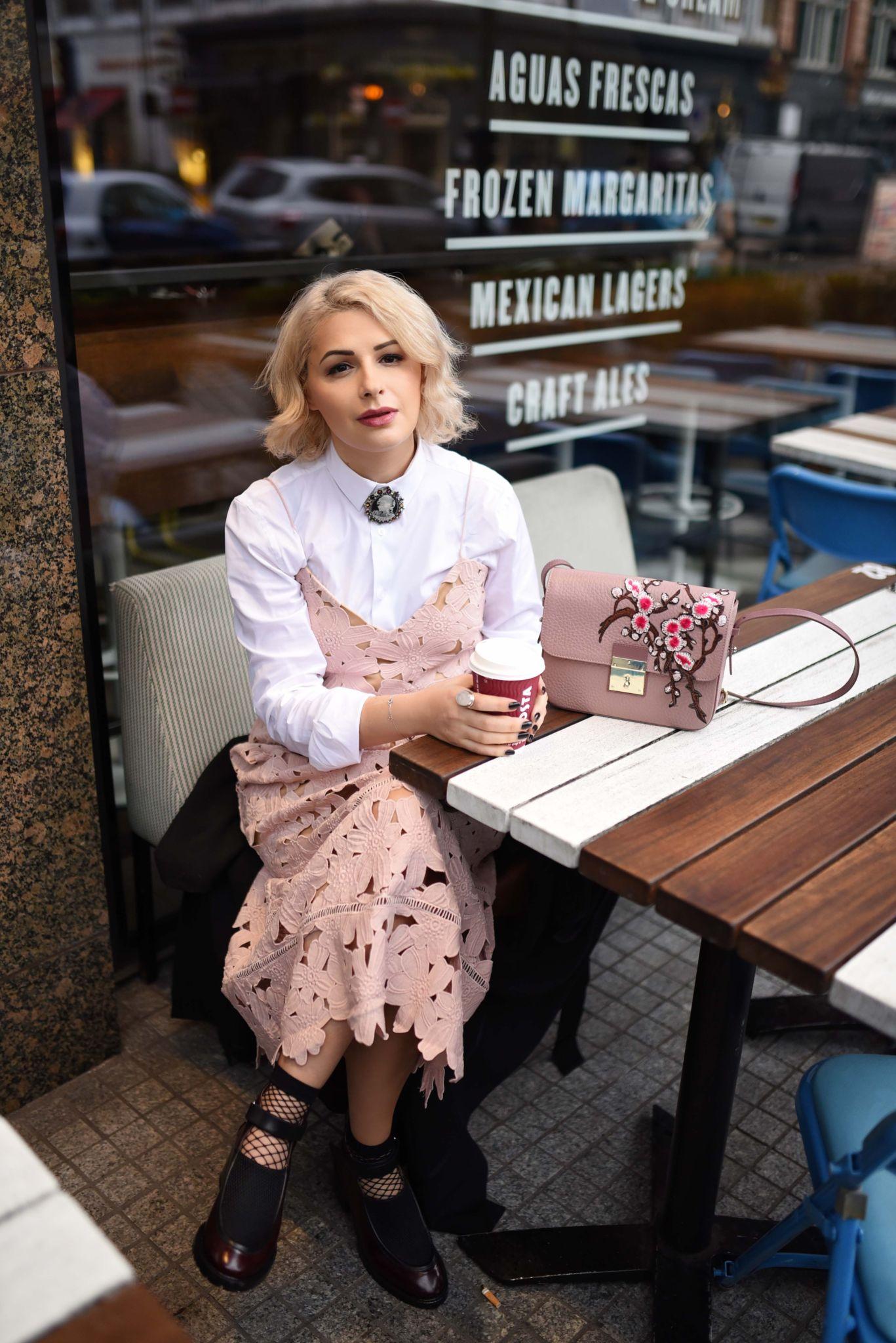 na-kd blush dress trend