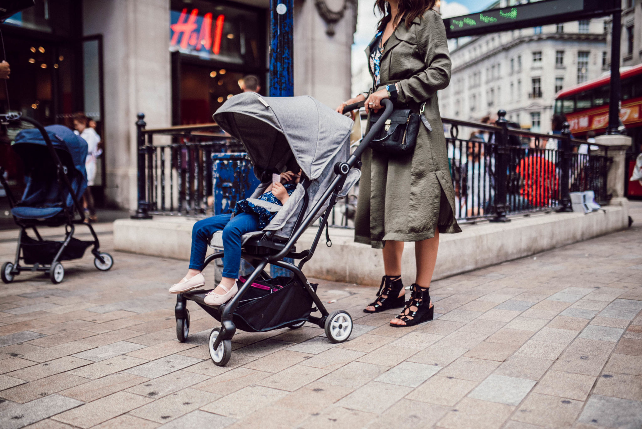 Cybex Eezy S Twist Stroller Your Urban Companion