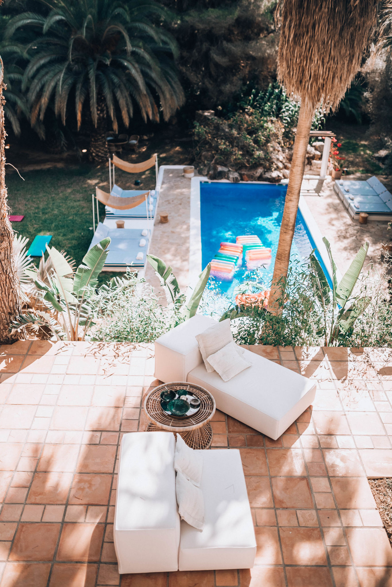 The best travel experience in Ibiza – where to stay, where to eat